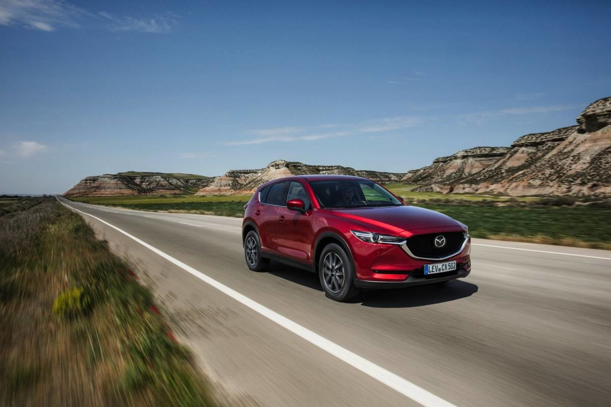 All-new-CX-5_BCN-2017_Action_27